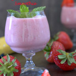 Strawberry Banana Yoghurt Smoothie