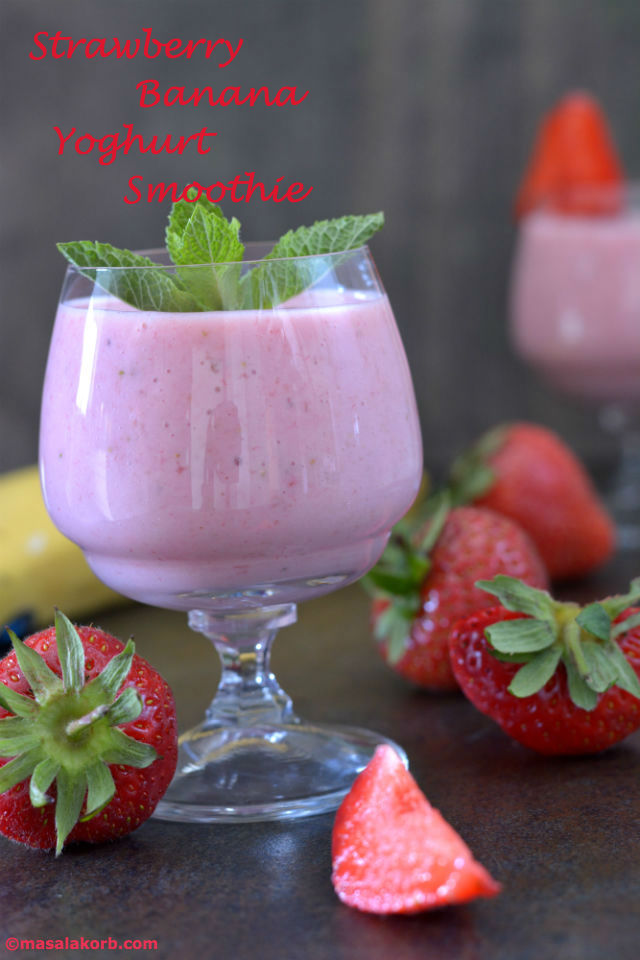 Strawberry Banana Yoghurt Smoothie - Masalakorb