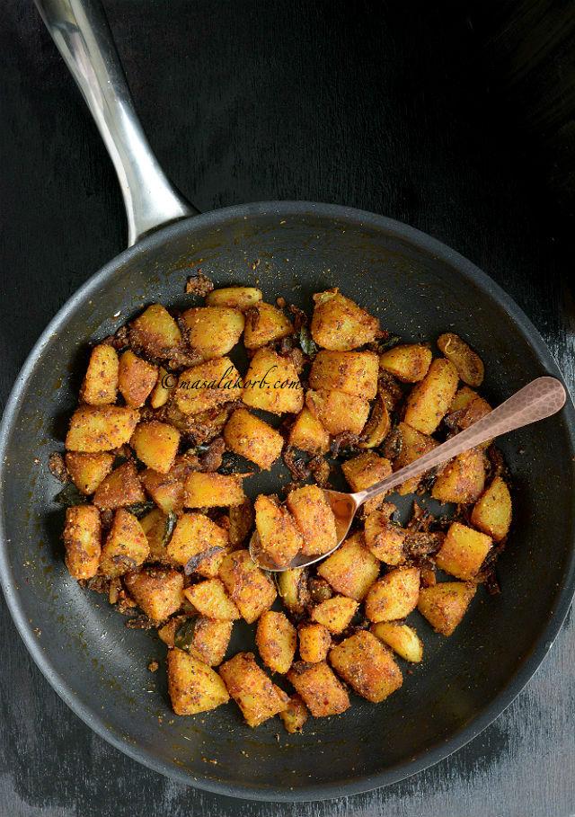 Chettinad Potato Roast | Urulai Kizhangu Varuval
